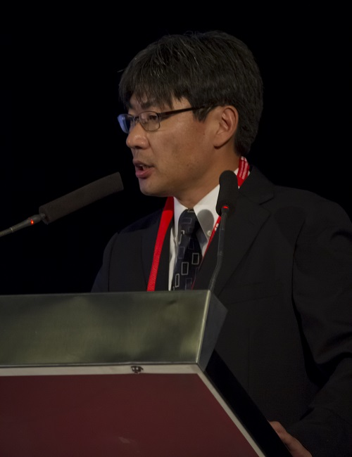 Eiji Shinto Presenting