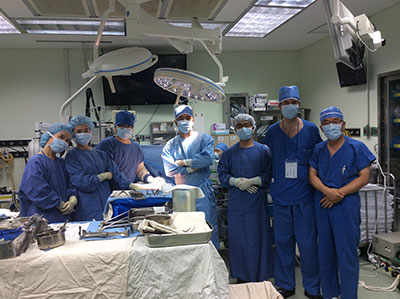 Prof Park and surgical team
