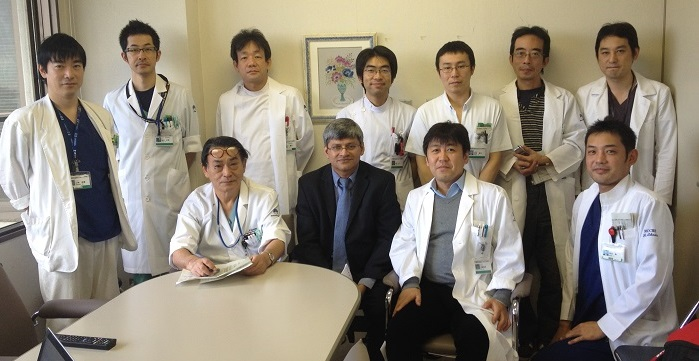 with the Kashiwa team at their daily unit meeting